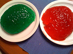 Image of brains molded out of green and red jello.